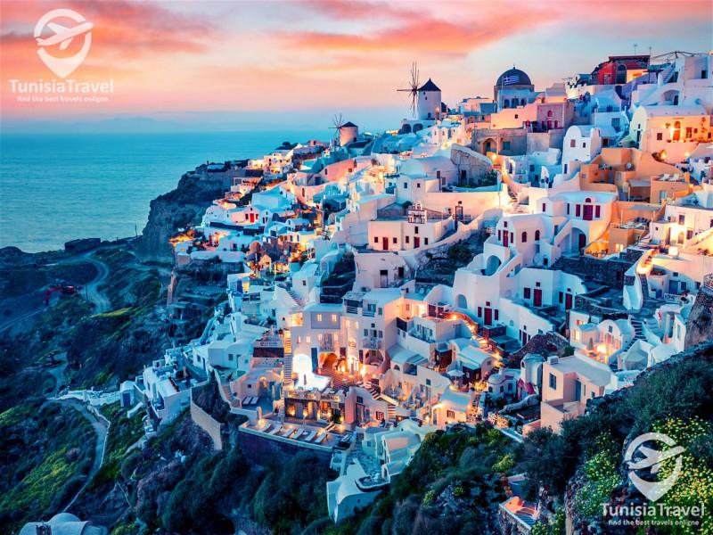 tunisia travel SANTORIN UNE ÎLE-VOLCAN DANS LES BRAS DE LA MER ÉGÉE