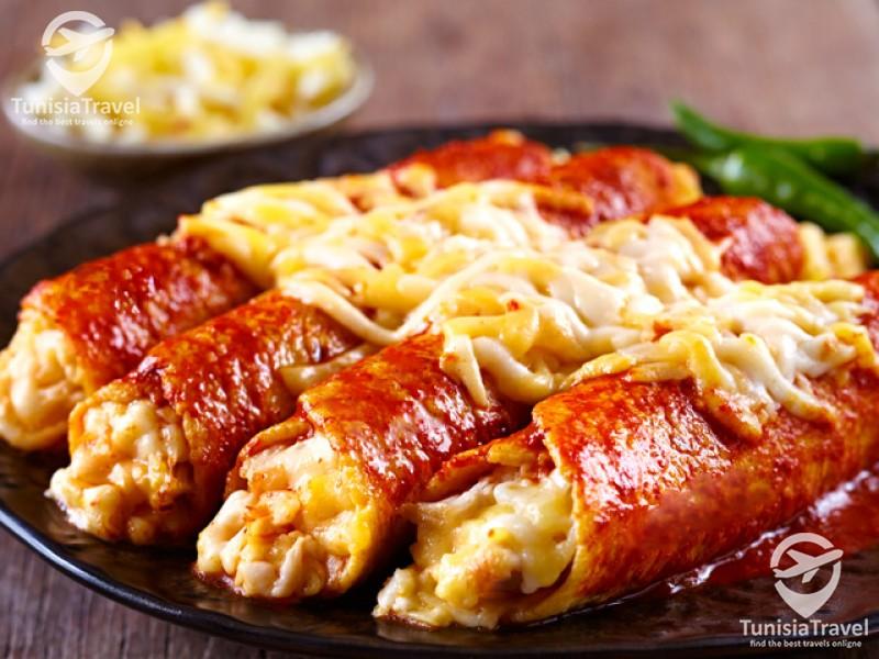 Cuisine Traditionnels enchiladas mexicaines : Enchiladas au poulet et fromage